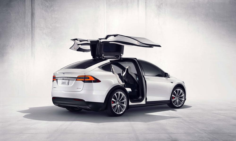 Tesla Model X: το ηλεκτροκίνητο crossover SUV