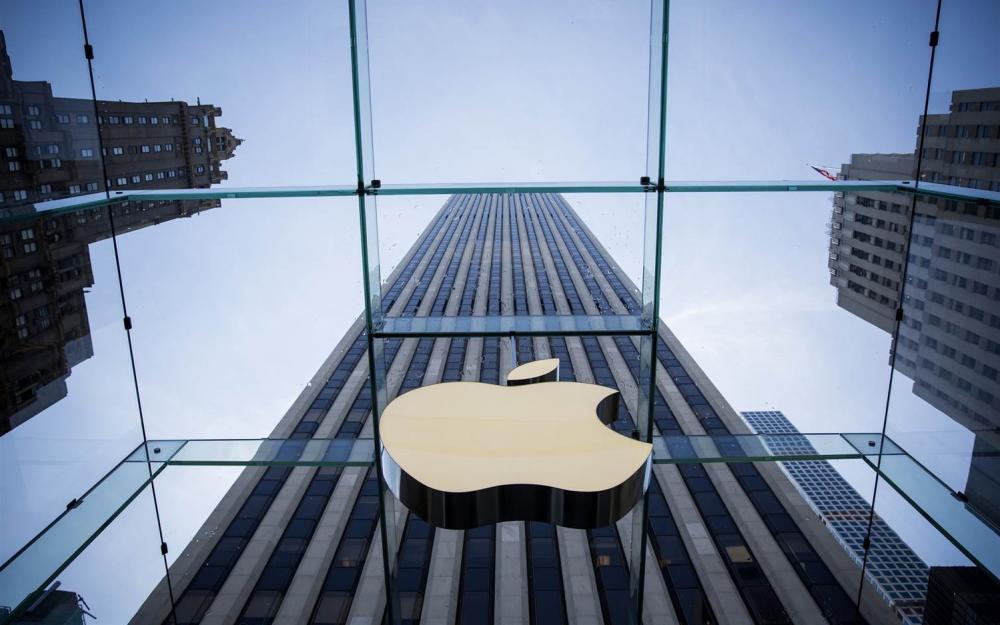 Τραμπ προς Apple: φέρτε την παραγωγή στις ΗΠΑ αν δεν θέλετε να φορολογηθείτε