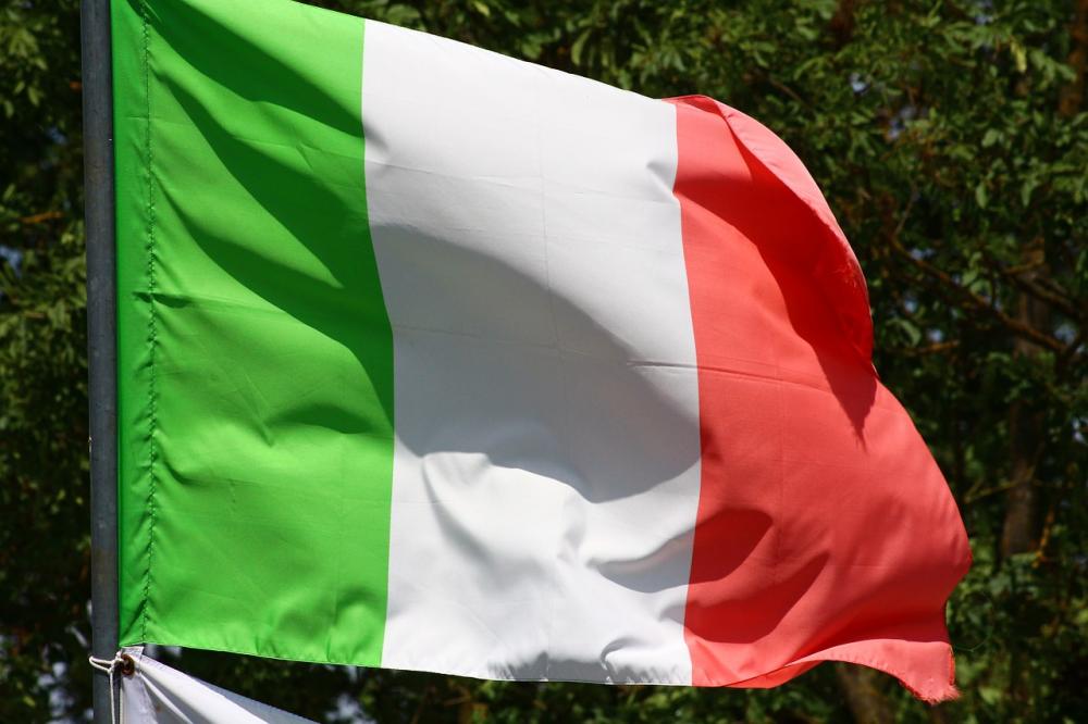 Πρόστιμο αλά ιταλικά σε Apple και Samsung για την επιβράδυνση των τηλεφώνων τους