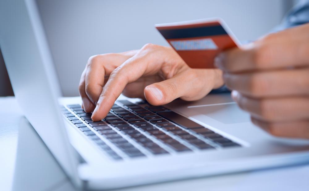 Accenture: δαπάνες 7 τρισ. δολαρίων θα πραγματοποιούνται ψηφιακά και μέσω καρτών έως το 2023