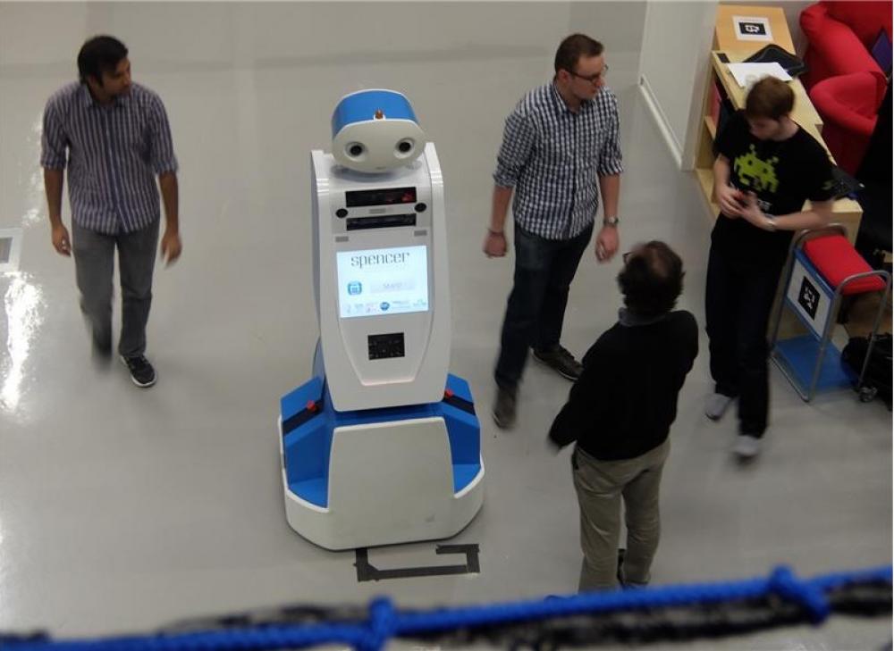 Ρομπότ στην υπηρεσία του κοινού στα αεροδρόμια