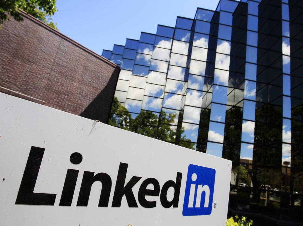 43% κάτω η LinkedIn