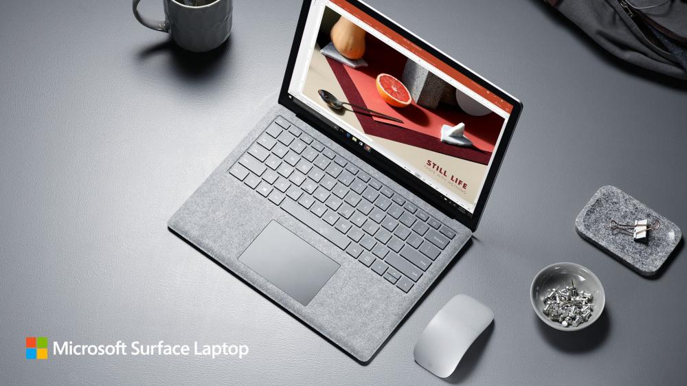Νέο Surface και νέα έκδοση των Windows 10 από τη Microsoft