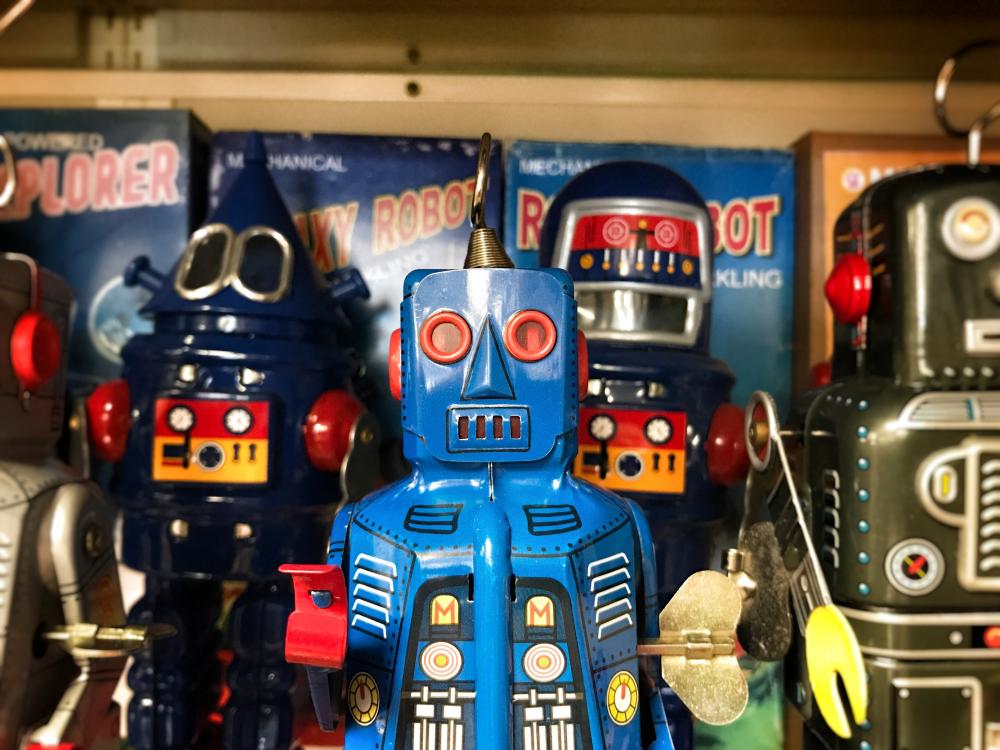 'Ερχονται τα ρομπότ και θα παίρνουν τις δουλειές
