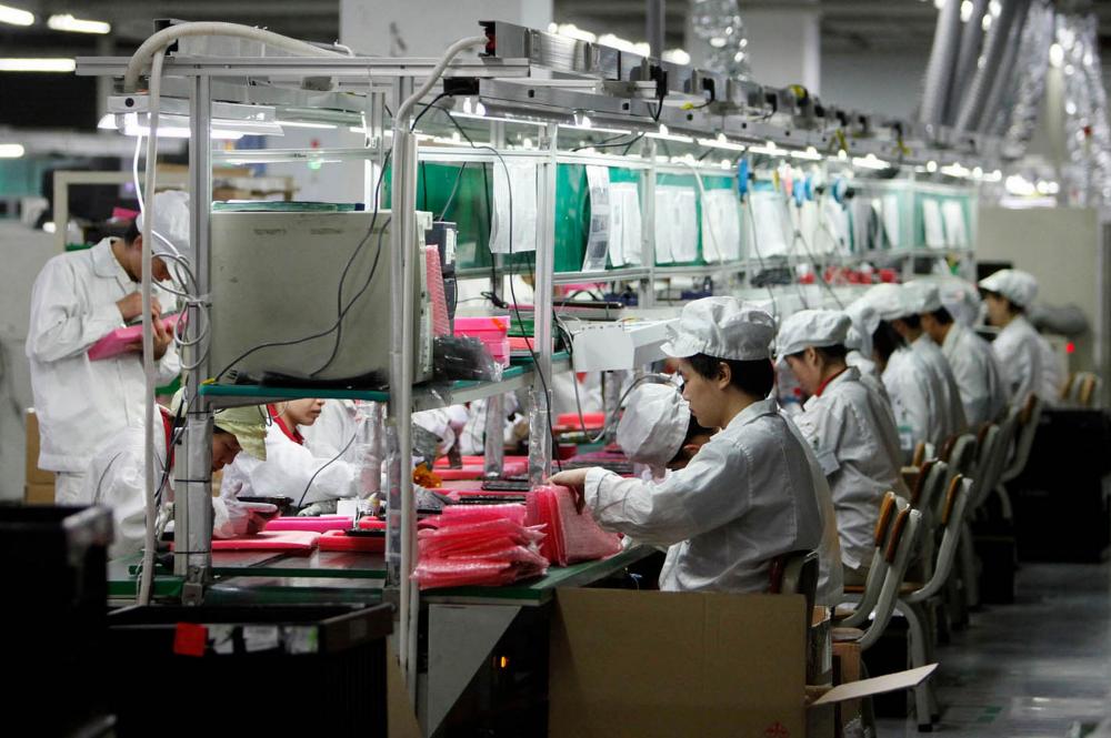 Ο κορωνοϊός χτυπάει τις γραμμές παραγωγής smartphone της Κίνας