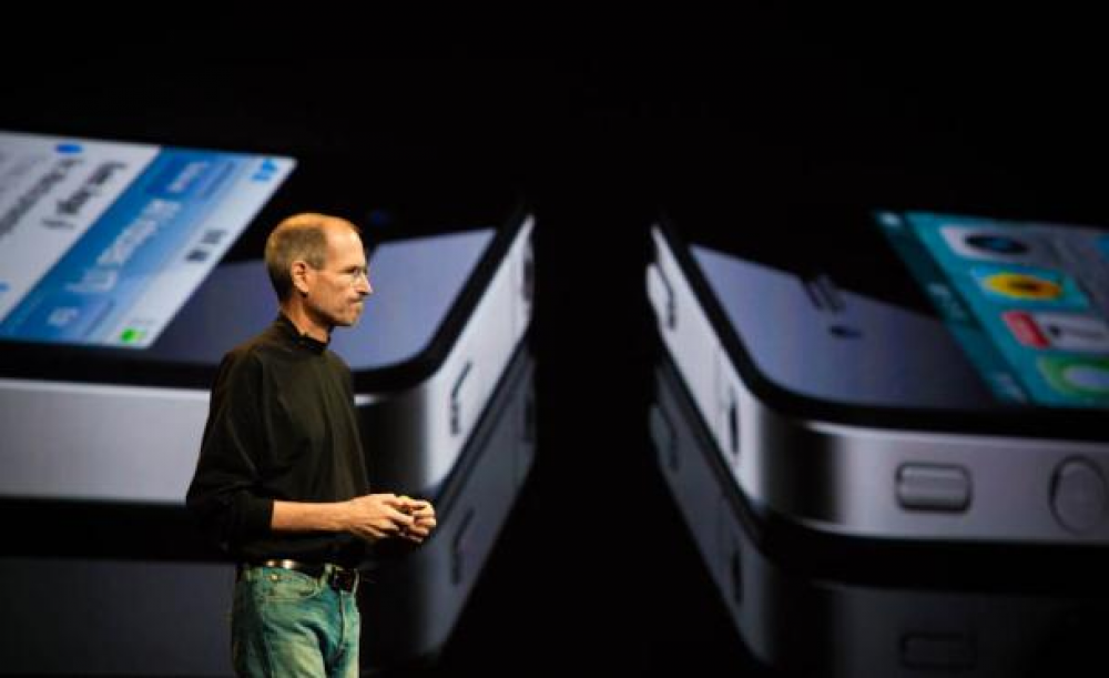 iPhone 4: Δωρεάν ...θήκες για  το Antennagate