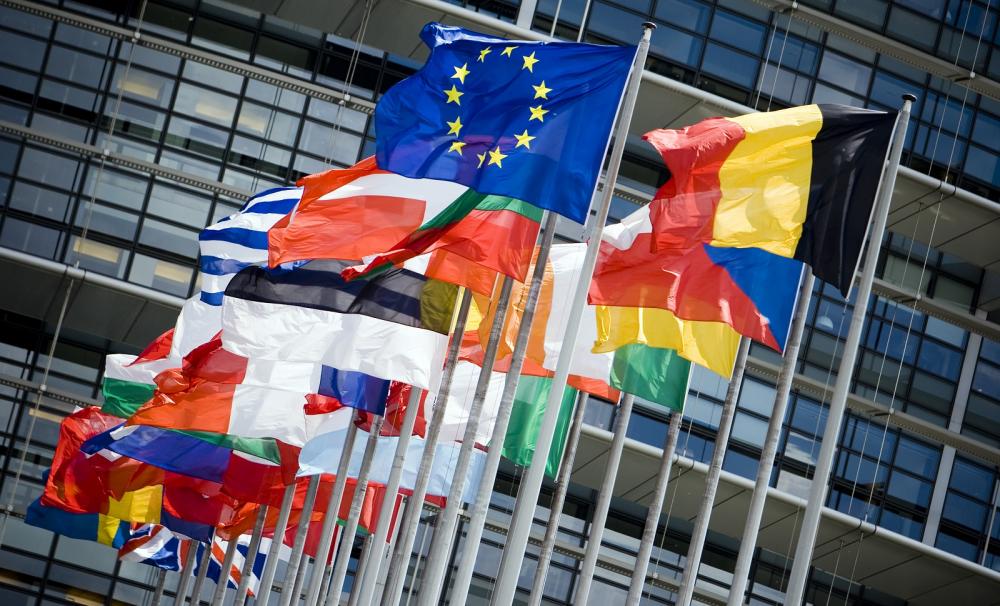 E.E. προς κυβερνήσεις: Κάτω τα χέρια από την Airbnb…