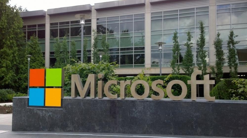 Μεγάλη χακιά στη Microsoft -το 2013!