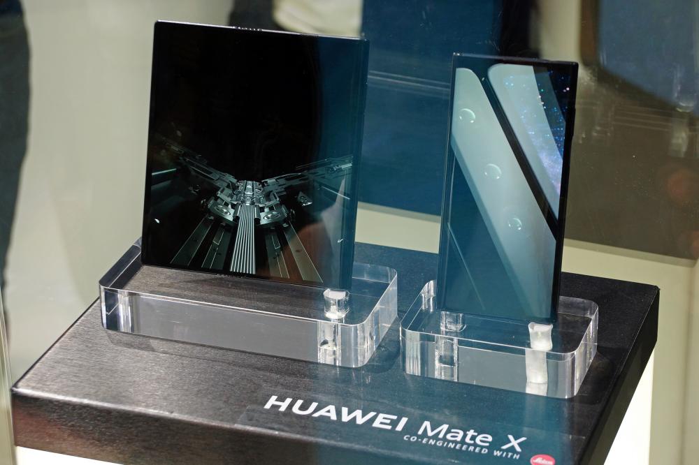Huawei Mate X: έκλεψε τις εντυπώσεις το αναδιπλούμενο smartphone της Huawei