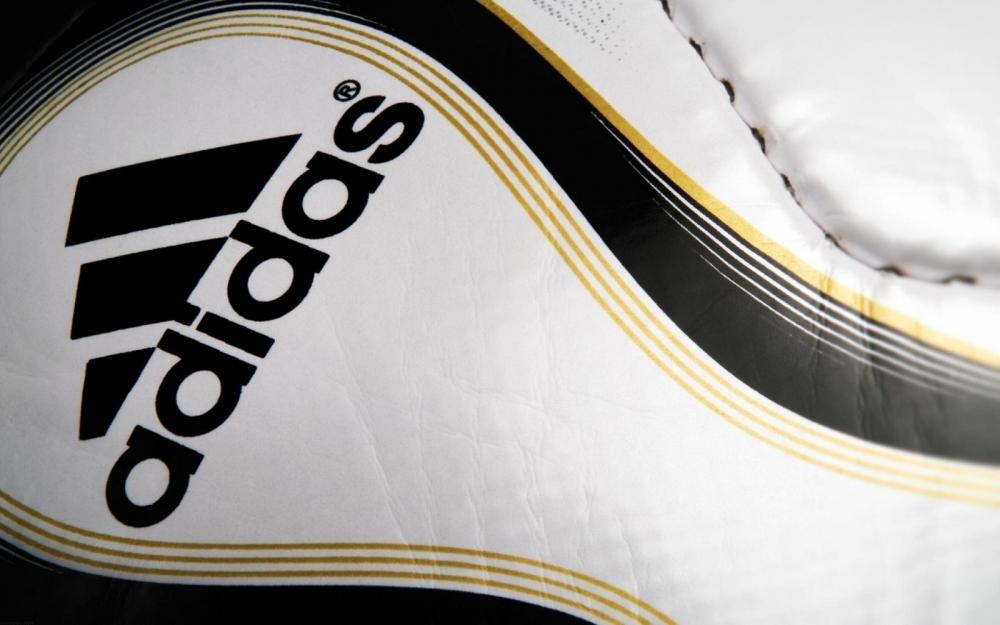 Αθέμιτος ανταγωνισμός από την Adidas;
