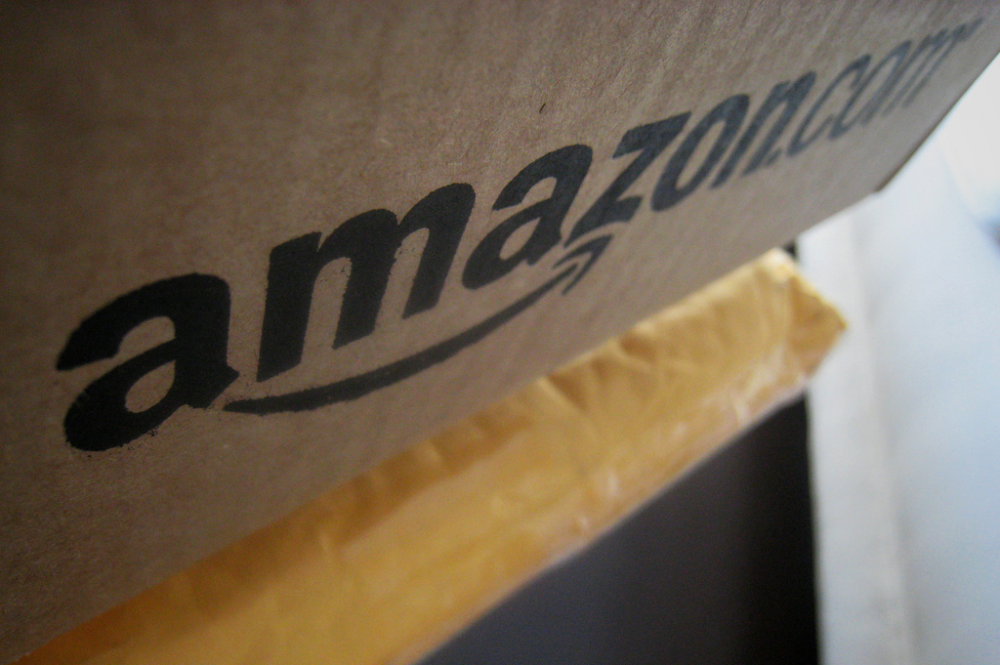 Amazon: περνάει το γαλλικό φόρο στους προμηθευτές