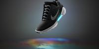 Παπούτσια που δένονται μόνα τους από τη Nike