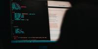 Τρεις Βορειοκορεάτες χάκερ «γονάτισαν» το Internet