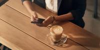 Η Samsung διέθεσε την αναβάθμιση που λύνει τα προβλήματα αναγνώρισης δακτυλικών αποτυπωμάτων