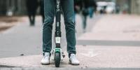 Επέστρεψαν τα e-scooters της Lime στην Αθήνα