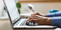 H καραντίνα ρίχνει τις ταχύτητες πρόσβασης στο Internet στην Ευρώπη