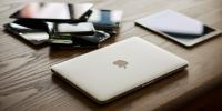 Apple: εξετάζει τη μεταφορά 15-30% της παραγωγής εκτός Κίνας