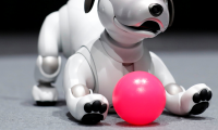 Aibo: o σκύλος-robot της Sony (vid)