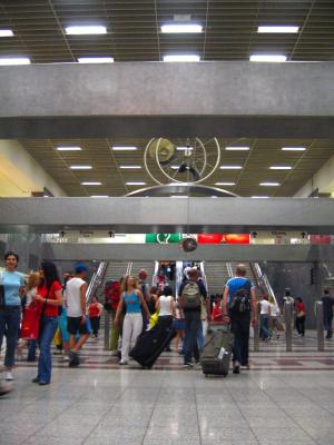 Ξεκινάει δωρεάν WiFi δίκτυο στους σταθμούς του μετρό