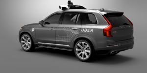 Επιστρέφουν στο δρόμο τα αυτόνομα αυτοκίνητα της Uber