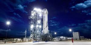 Jeff Bezos: ο πιο γρήγορος δρόμος για τον Άρη περνάει από τη Σελήνη