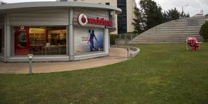 Vodafone: σταδιακή επαναφορά του δικτύου