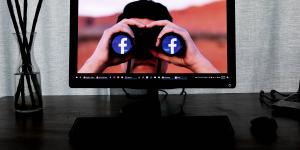 Το Facebook έκλεισε ελληνική σελίδα αντιεμβολιαστών