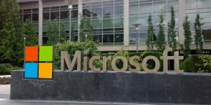 Microsoft: σε συζητήσεις για την εξαγορά της Nuance Communications έναντι 16 δισ. δολαρίων