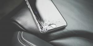 Apple: χάνουμε περισσότερα από όσα κερδίζουμε στην επισκευή των συσκευών
