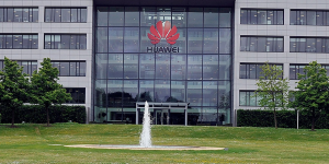 Huawei: ακόμα 90 ημέρες παράταση από τις ΗΠΑ