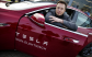 H Tesla το έριξε στα μεγάλα