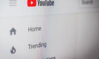 Κλείνει η πόρτα του YouTube για τους αντιεμβολιαστές του κορονοϊού