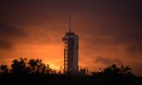 Γράφει ιστορία η SpaceX
