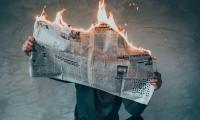 Οι εφημερίδες κλείνουν – όμως δεν φταίνε οι αναγνώστες γι αυτό!