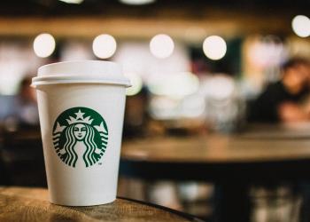 'Πόλεμος' για τον καφέ και το πορνό