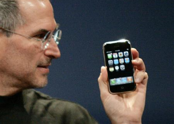 O Steve Jobs δεν θέλει Flash