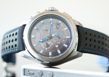 Ηλιακό smartwatch από τη Citizen