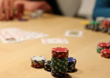 Από το πόκερ στο Πεντάγωνο