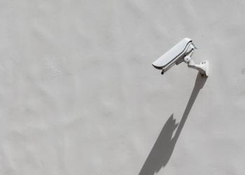 Ευπάθειες στις «έξυπνες» κάμερες τις μετατρέπουν σε εργαλείο παρακολούθησης