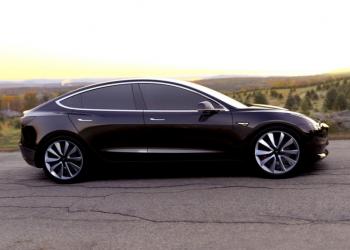 Παρουσιάστηκε το Tesla Model 3
