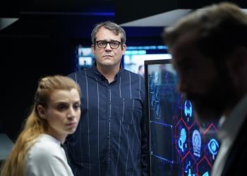 Φήμες για ενδιαφέρον του Netflix για τη σειρά «Έτερος Εγώ»