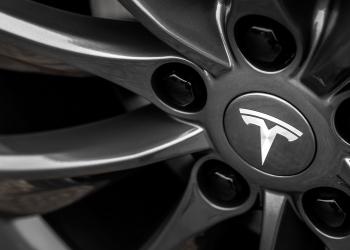 H σχέση Toyota-Tesla έλαβε τέλος