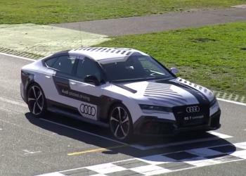 Ένα Audi RS7 χωρίς οδηγό στην πίστα του Χοκενχάιμ