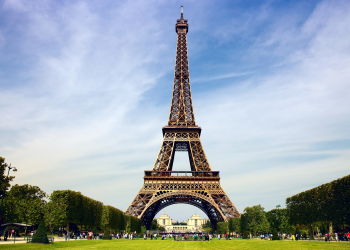 Απαγόρευση της λειτουργίας δημόσιων WiFi δικτύων εξετάζει η Γαλλία