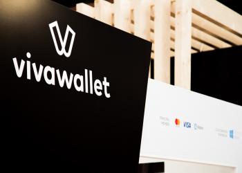 Η Viva Wallet αύξησε τα όρια ανέπαφων συναλλαγών