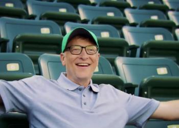 Ενοχλητικός θεατής ο Bill Gates