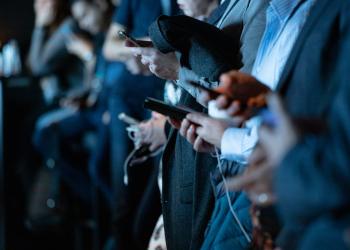 Η καραντίνα αύξησε τον χρόνο παραμονής στα κοινωνικά δίκτυα