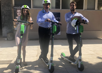 Lime: ξεκινάει η διάθεση της υπηρεσίας ηλεκτρικών πατινιών στο Ρέθυμνο