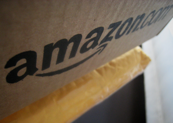 Διαφήμιση και υπηρεσίες cloud έδωσαν ώθηση στην Amazon