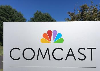 Η Comcast αποκτά τη Sky